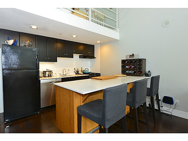 "Photo 7: 318 933 SEYMOUR Street in Vancouver: Downtown VW Condo for sale in ""THE SPOT"" (Vancouver West)  : MLS(r) # V1043442"