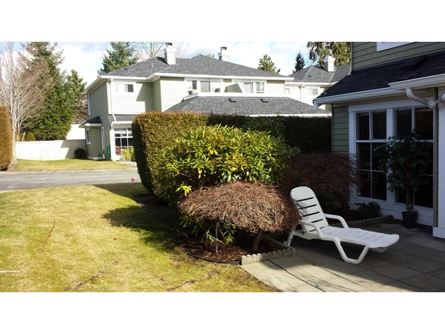 "Photo 13: 49 8428 VENTURE Way in Surrey: Fleetwood Tynehead Townhouse for sale in ""Summerwood"" : MLS® # F1403367"