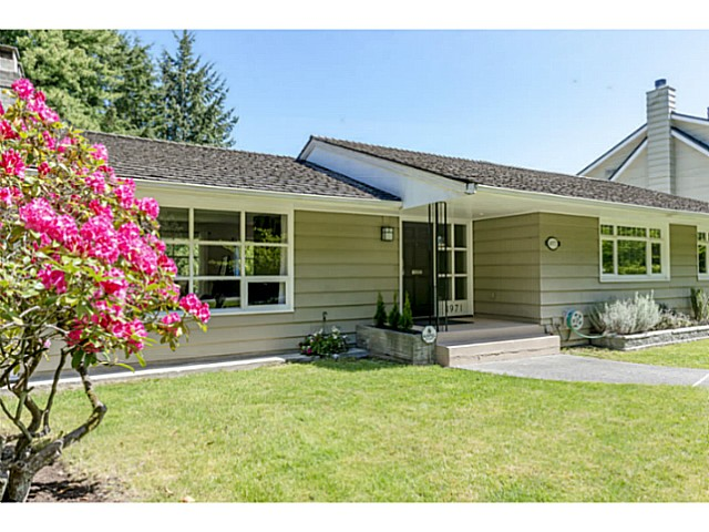"Main Photo: 4971 COLLEGE HIGHROAD in Vancouver: University VW House for sale in ""LITTLE AUSTRALIA"" (Vancouver West)  : MLS®# V1063867"