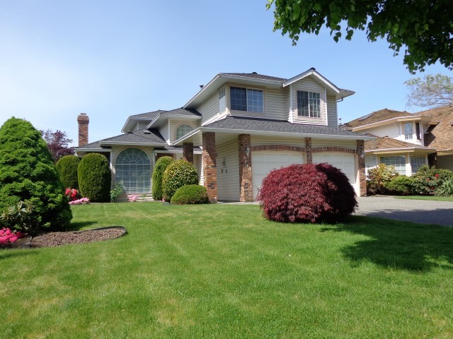 "Main Photo: 9143 161ST Street in Surrey: Fleetwood Tynehead House for sale in ""MAPLE GLEN"" : MLS®# F1412226"