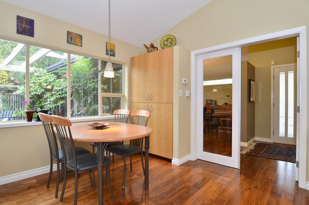 Photo 13: 4050 W 36TH Avenue in Vancouver: Dunbar House for sale (Vancouver West)  : MLS® # V1109327