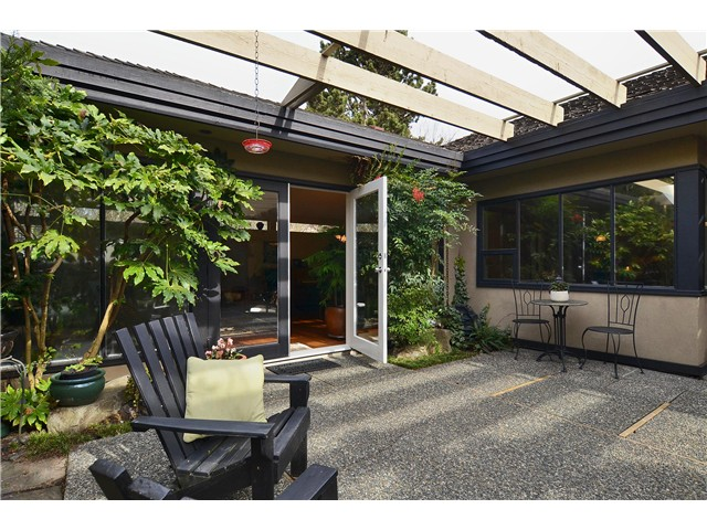 Photo 20: 4050 W 36TH Avenue in Vancouver: Dunbar House for sale (Vancouver West)  : MLS® # V1109327