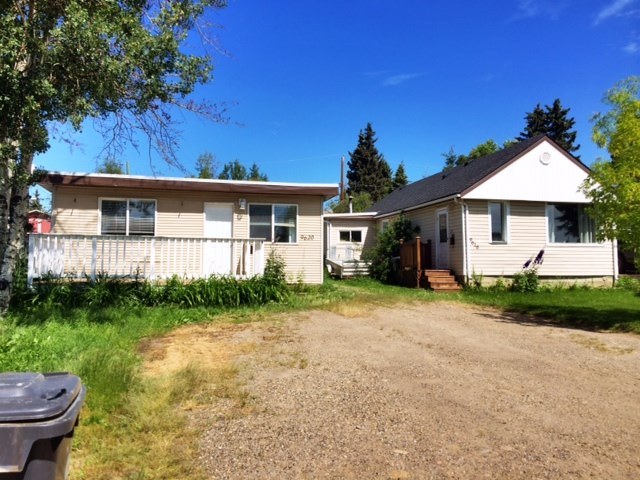 Main Photo: 9616 - 9620 97TH Avenue in Fort St. John: Fort St. John - City SE House for sale (Fort St. John (Zone 60))  : MLS® # N246695