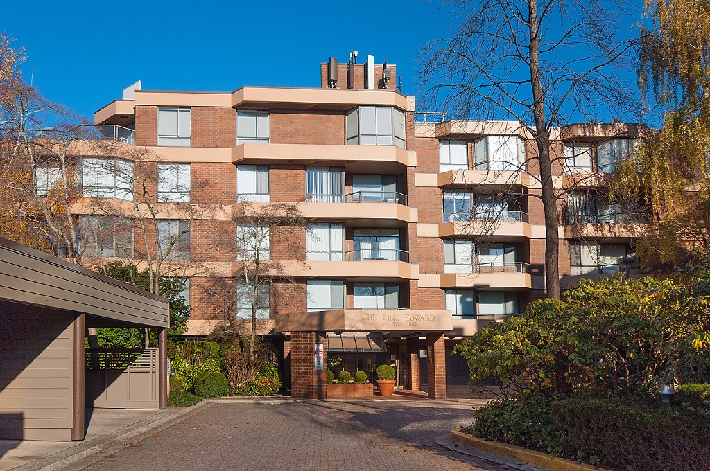 "Main Photo: 508 3905 SPRINGTREE Drive in Vancouver: Quilchena Condo for sale in ""The King Edward"" (Vancouver West)  : MLS®# R2027494"