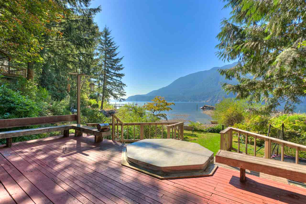 Main Photo: 11 BUNTZEN Bay in North Vancouver: Indian Arm House for sale : MLS(r) # R2043897