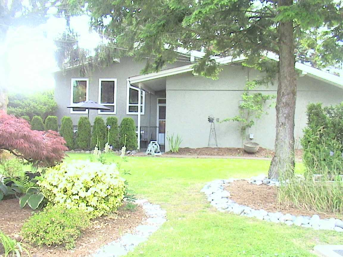 Main Photo: 6091 MILLER Drive in Chilliwack: Sardis West Vedder Rd House for sale (Sardis)  : MLS® # R2064466