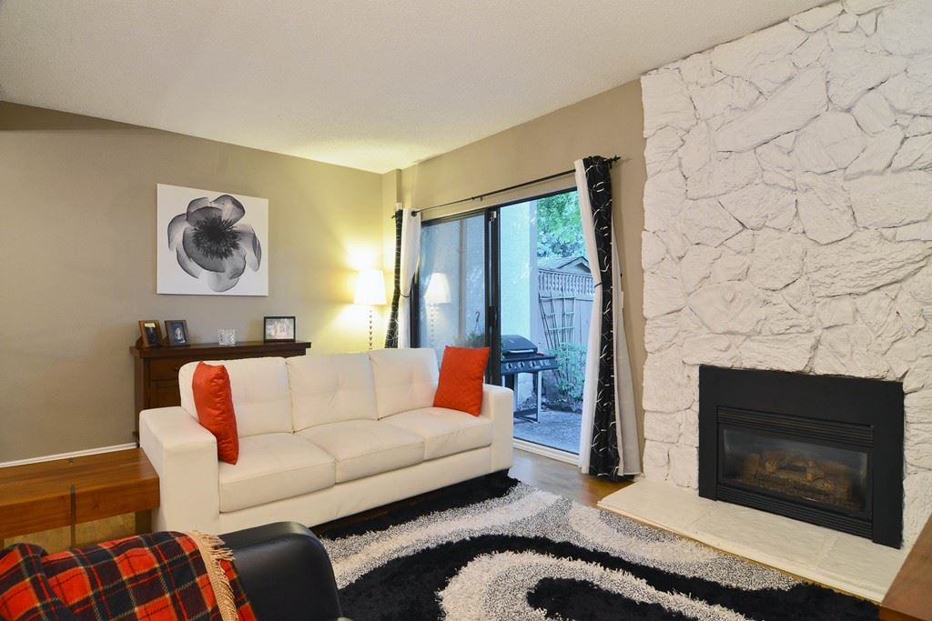 Photo 11: 28 1141 EAGLERIDGE Drive in Coquitlam: Eagle Ridge CQ Townhouse for sale : MLS(r) # R2103152