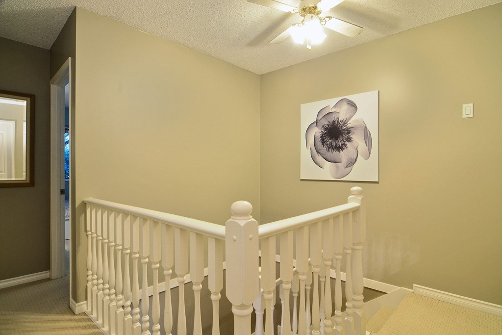 Photo 13: 28 1141 EAGLERIDGE Drive in Coquitlam: Eagle Ridge CQ Townhouse for sale : MLS(r) # R2103152