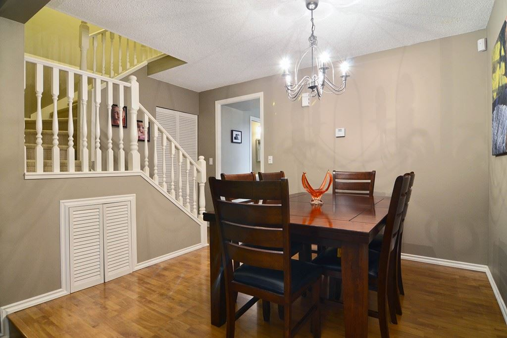 Photo 8: 28 1141 EAGLERIDGE Drive in Coquitlam: Eagle Ridge CQ Townhouse for sale : MLS(r) # R2103152
