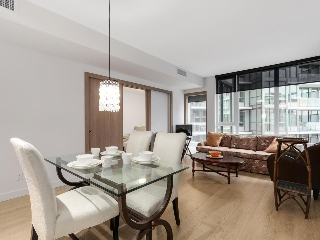 "Main Photo: 703 68 SMITHE Street in Vancouver: Yaletown Condo for sale in ""ONE PACIFIC"" (Vancouver West)  : MLS(r) # R2133307"