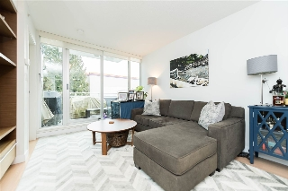 "Main Photo: 411 1635 W 3RD Avenue in Vancouver: False Creek Condo for sale in ""Lumen"" (Vancouver West)  : MLS(r) # R2135059"