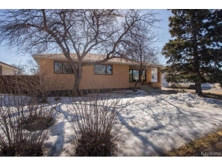 Main Photo: 777 Airlies Street in Winnipeg: Garden City Residential for sale (4G)  : MLS® # 1706387