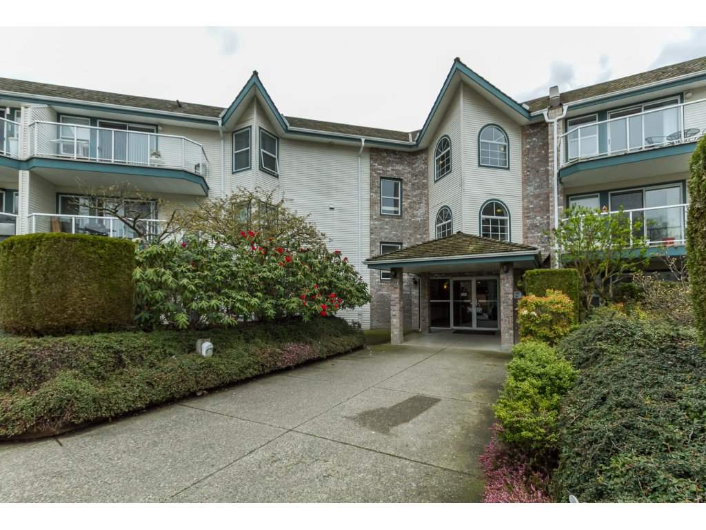 "Main Photo: 323 27358 32 Avenue in Langley: Aldergrove Langley Condo for sale in ""Willow Creek Estates"" : MLS(r) # R2156757"