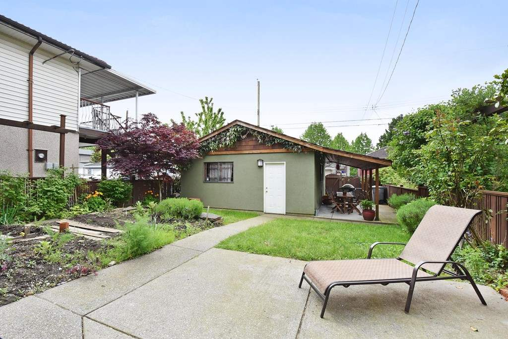"Photo 19: 420 E 45TH Avenue in Vancouver: Fraser VE House for sale in ""MAIN/FRASER"" (Vancouver East)  : MLS® # R2168295"