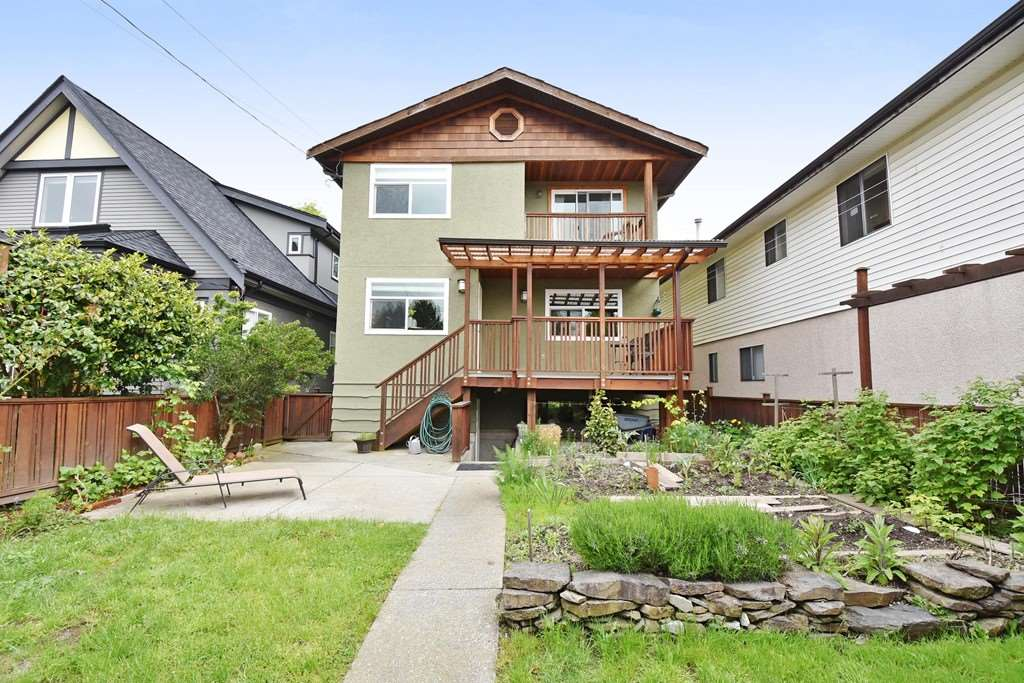 "Photo 20: 420 E 45TH Avenue in Vancouver: Fraser VE House for sale in ""MAIN/FRASER"" (Vancouver East)  : MLS® # R2168295"