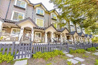 "Main Photo: 4 6089 144 Street in Surrey: Sullivan Station Townhouse for sale in ""BLACKBERRY WALK"" : MLS(r) # R2171036"