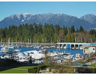 "Main Photo: 405 1680 BAYSHORE Drive in Vancouver: Coal Harbour Condo for sale in ""BAYSHORE GARDENS"" (Vancouver West)  : MLS® # R2173851"