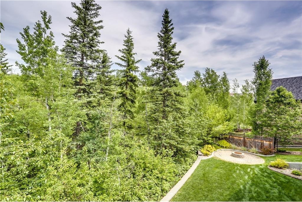 Photo 40: 80 DISCOVERY VALLEY Cove SW in Calgary: Discovery Ridge House for sale : MLS(r) # C4122301