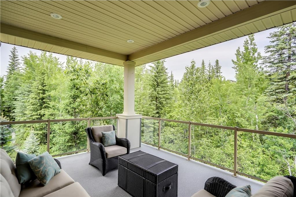 Photo 38: 80 DISCOVERY VALLEY Cove SW in Calgary: Discovery Ridge House for sale : MLS(r) # C4122301