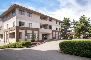 Main Photo: 301 19130 FORD Road in Pitt Meadows: Central Meadows Condo for sale : MLS(r) # R2191627