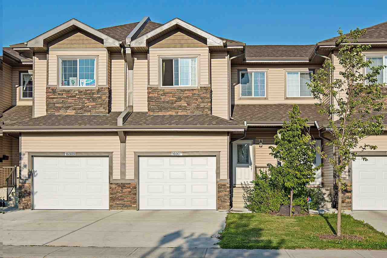 Main Photo: 16907 55 Street in Edmonton: Zone 03 Townhouse for sale : MLS® # E4078073