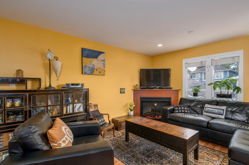 Photo 6: Photos: 849 KEEFER Street in Vancouver: Mount Pleasant VE Townhouse for sale (Vancouver East)  : MLS® # R2204383