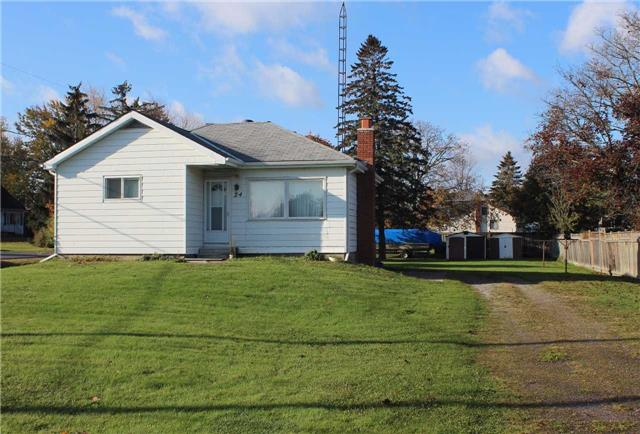 Main Photo: 24 Garrard Road in Whitby: Blue Grass Meadows House (Bungalow) for sale : MLS® # E3975557