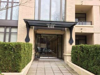 Main Photo: 901 9300 UNIVERSITY Crescent in Burnaby: Simon Fraser Univer. Condo for sale (Burnaby North)  : MLS® # R2231075