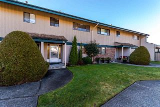 "Main Photo: 51 5850 177B Street in Surrey: Cloverdale BC Townhouse for sale in ""Dogwood Gardens"" (Cloverdale)  : MLS® # R2247480"
