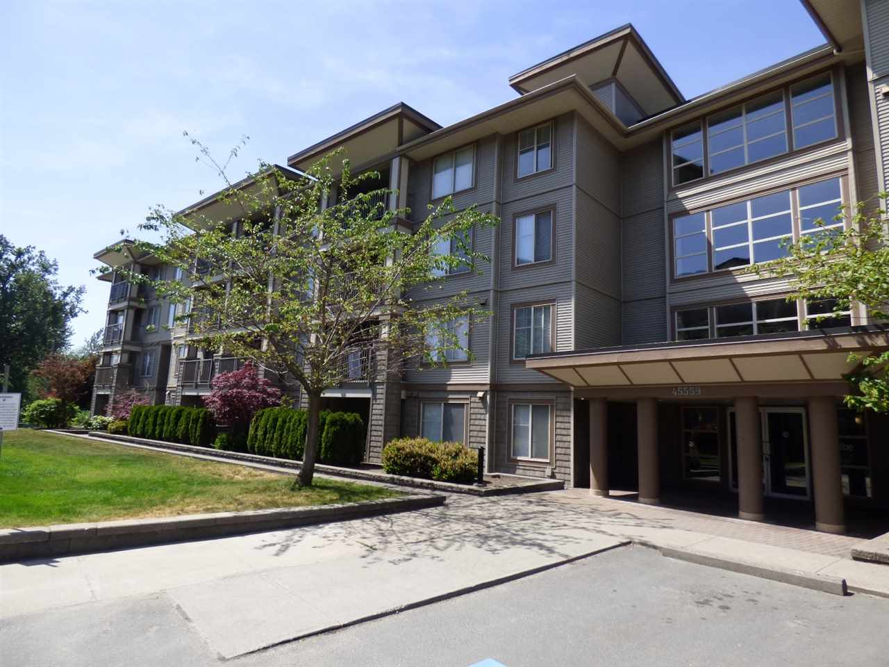 "Main Photo: 111 45559 YALE Road in Chilliwack: Chilliwack W Young-Well Condo for sale in ""The Vibe"" : MLS®# R2268768"