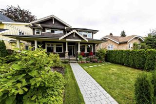 Main Photo: 353 E 13TH Street in North Vancouver: Central Lonsdale House 1/2 Duplex for sale : MLS®# R2295150