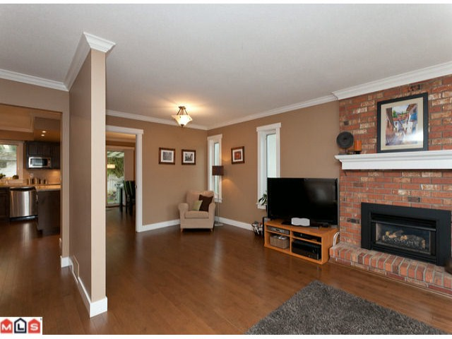Photo 7: 15690 GOGGS Avenue: White Rock House for sale (South Surrey White Rock)  : MLS(r) # F1209906