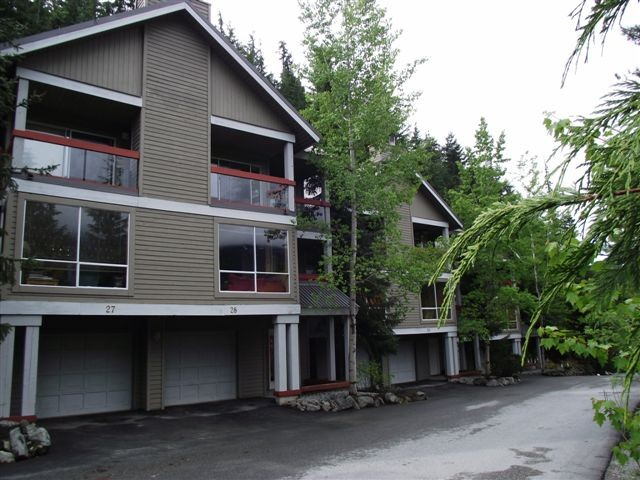 Main Photo: # 28 2240 GONDOLA WY in Whistler: Whistler Creek Condo for sale : MLS® # V996637