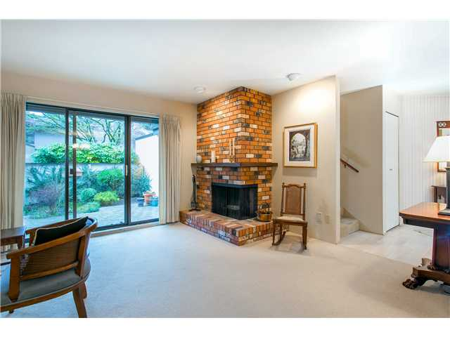 Photo 3: Photos: 2054 MARINE DR in West Vancouver: Ambleside Townhouse for sale : MLS® # V1012823