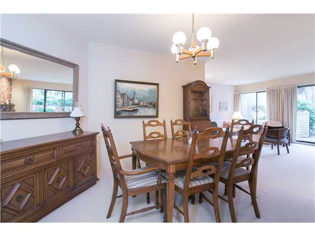 Photo 5: Photos: 2054 MARINE DR in West Vancouver: Ambleside Townhouse for sale : MLS® # V1012823