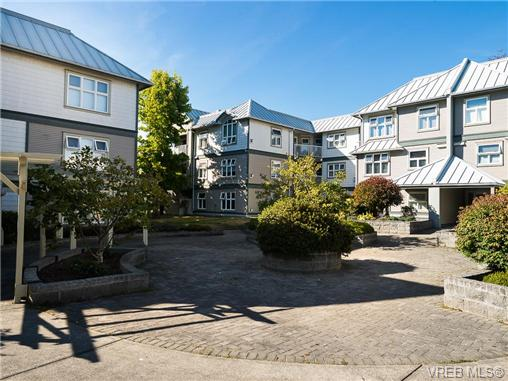 Main Photo: 310 3008 Washington Avenue in VICTORIA: Vi Burnside Condo Apartment for sale (Victoria)  : MLS® # 369229