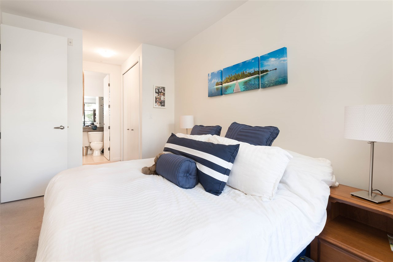 "Photo 12: 207 2065 W 12TH Avenue in Vancouver: Kitsilano Condo for sale in ""THE SYDNEY"" (Vancouver West)  : MLS(r) # R2116214"