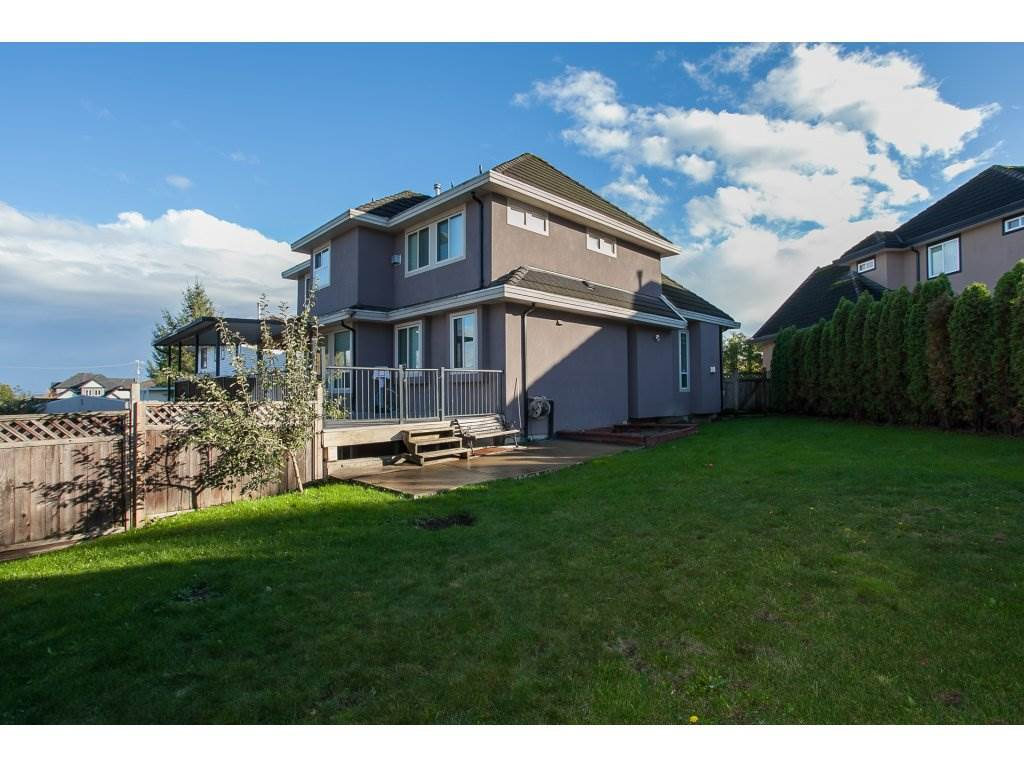 Photo 2: 8741 163A Street in Surrey: Fleetwood Tynehead House for sale : MLS® # R2117160