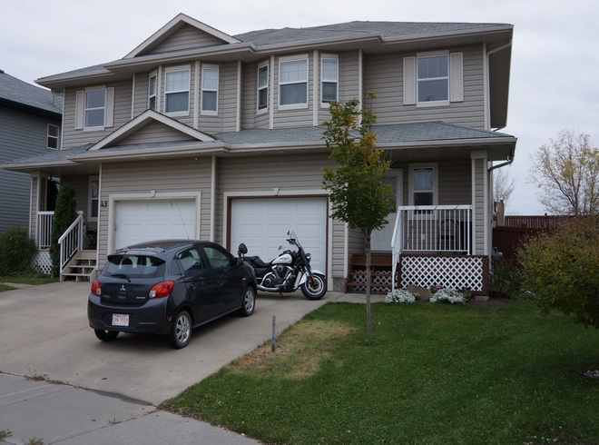 Main Photo: 45 WESTWOOD Lane: Fort Saskatchewan House Half Duplex for sale : MLS(r) # E4061924