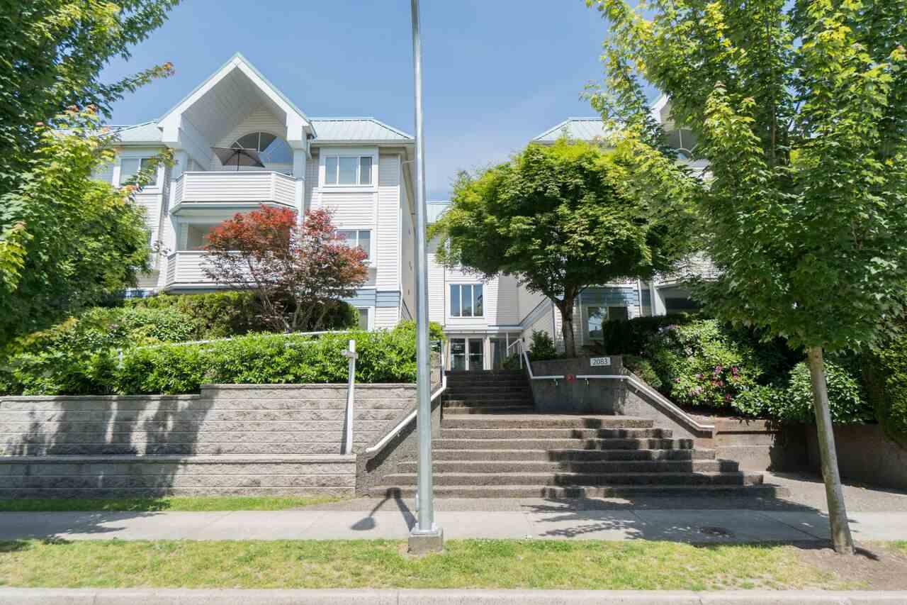 "Photo 1: 301 2083 COQUITLAM Avenue in Port Coquitlam: Glenwood PQ Condo for sale in ""TIFFANY COURT"" : MLS(r) # R2177871"