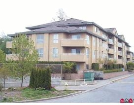 "Main Photo: 408 13780 76 Avenue in Surrey: East Newton Condo for sale in ""EARL COURT"" : MLS®# R2178601"