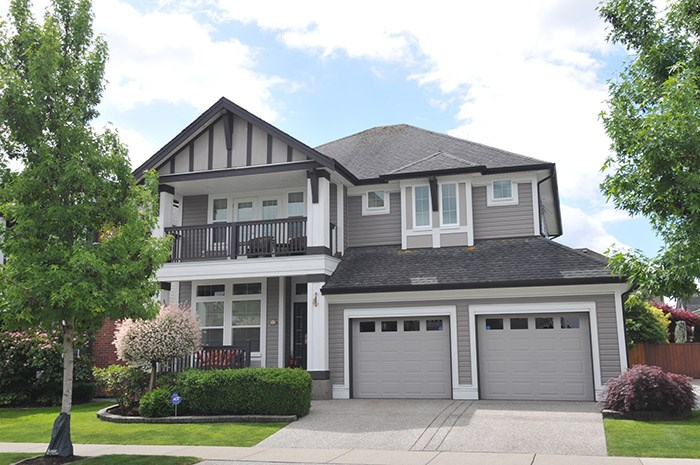 "Main Photo: 19468 THORBURN Way in Pitt Meadows: South Meadows House for sale in ""Rivers Edge"" : MLS(r) # R2180309"