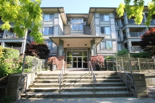 "Main Photo: 211 2468 ATKINS Avenue in Port Coquitlam: Central Pt Coquitlam Condo for sale in ""THE BORDEAUX"" : MLS(r) # R2184679"