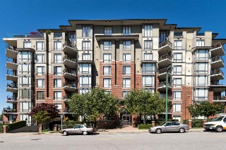 "Main Photo: 302 1551 FOSTER Street: White Rock Condo for sale in ""Sussex House"" (South Surrey White Rock)  : MLS® # R2187639"