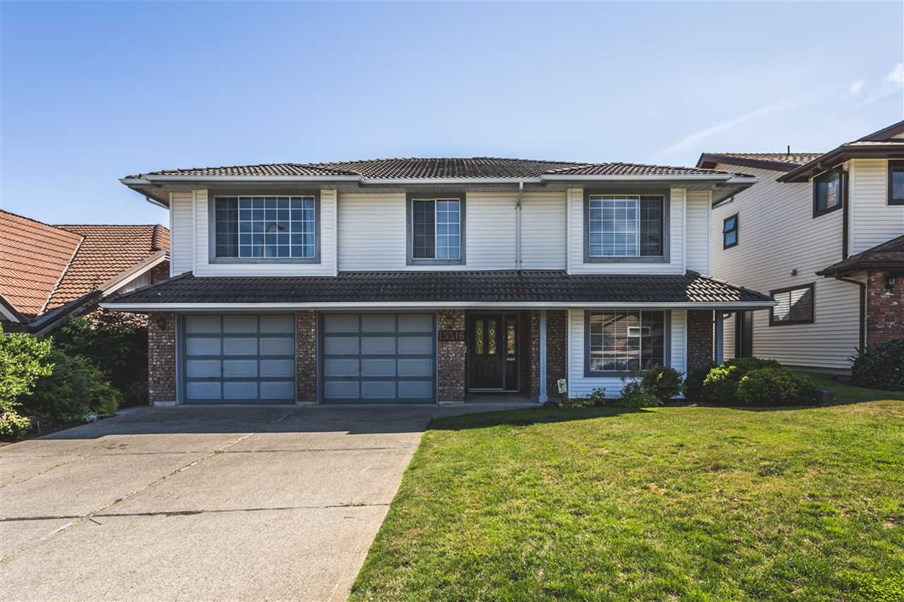 Main Photo: 15516 ROPER Avenue: White Rock House for sale (South Surrey White Rock)  : MLS® # R2196688