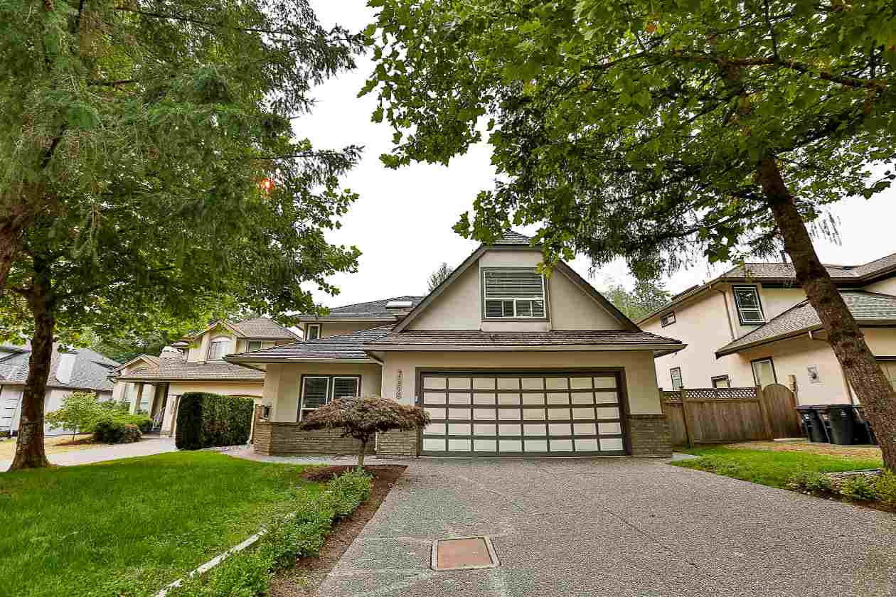 Main Photo: 7969 REDTAIL Place in Surrey: Bear Creek Green Timbers House for sale : MLS® # R2204138