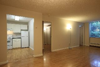 "Main Photo: 105 6631 MINORU Boulevard in Richmond: Brighouse Condo for sale in ""REGENCY PARK TOWERS"" : MLS® # R2214658"