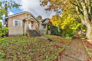 "Main Photo: 2356 E 3RD Avenue in Vancouver: Grandview VE House for sale in ""GRANDVIEW"" (Vancouver East)  : MLS® # R2214796"