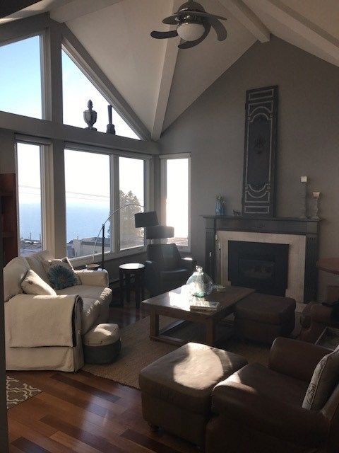 Photo 3: Photos: 305 15131 BUENA VISTA Avenue: White Rock Condo for sale (South Surrey White Rock)  : MLS® # R2222908