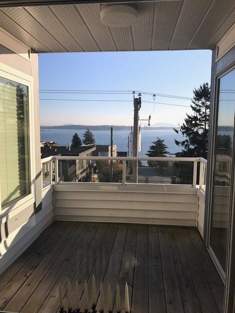 Photo 11: Photos: 305 15131 BUENA VISTA Avenue: White Rock Condo for sale (South Surrey White Rock)  : MLS® # R2222908